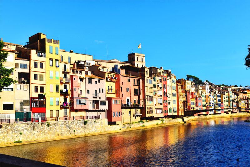 Žirona - miestelis Ispanijoje