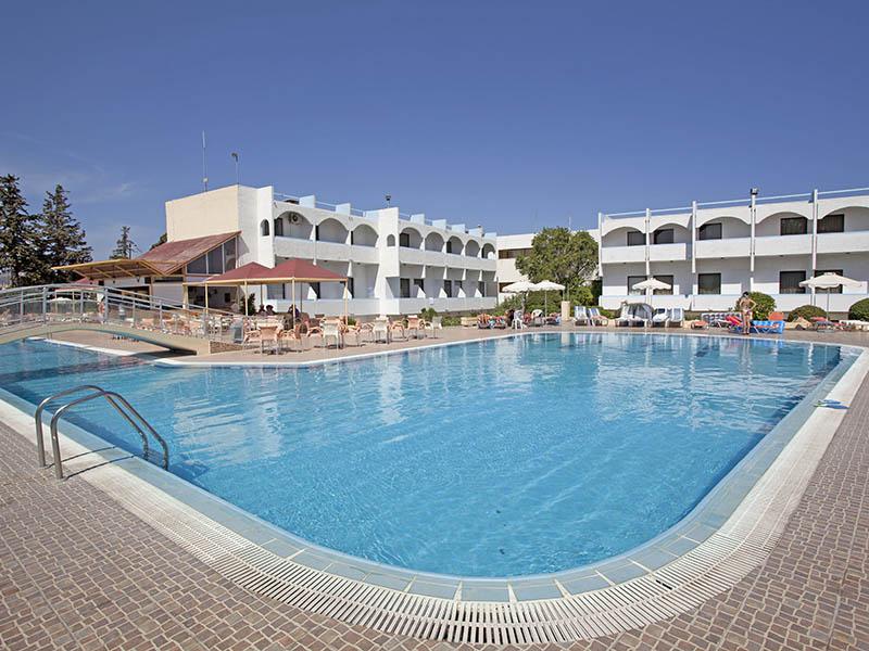 Bir elio pabaiga rodo saloje 7 naktys 3 vie butyje su for Boutique hotel 5 rhodes