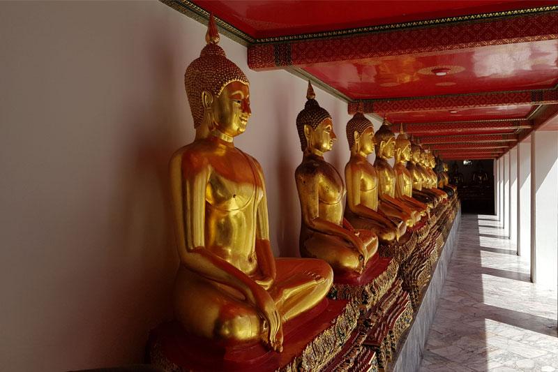 Budos skulptūros Tailandas
